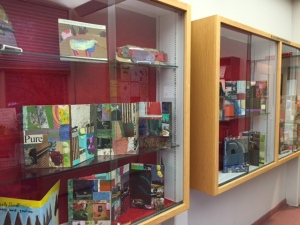 shellys display cases14